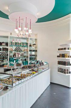 Bakery Set up Bakery Design, Cafe Design, Store Design, Cake Shop Interior, Bakery Interior, Pastry And Bakery, Pastry Shop, Cafe Shop, Cafe Bar