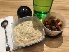 Minion, Oatmeal, Grains, Breakfast, Food, The Oatmeal, Morning Coffee, Rolled Oats, Essen