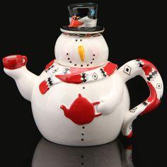 Cute snowman teapot!