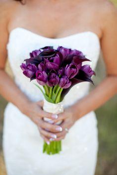 Beautiful Wedding Bouquet Which Features: Purple Tulips + Dark Purple Calla Lilies >>>> Tulip Bouquet Wedding, Wedding Flower Guide, Bridal Flowers, Wedding Ideas, Purple Calla Lilies, Purple Wedding Bouquets, Wedding Colors, Lilies Flowers, Bridal Bouquets