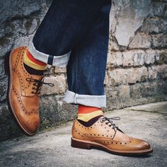 Tan leather brogues for men. Men's style