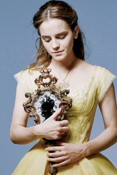 """"""" new 'Beauty and the Beast' promotional photo """""""