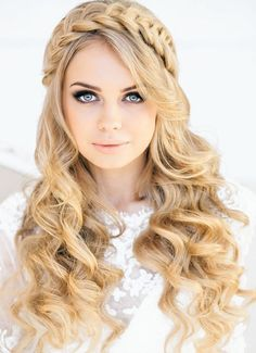 How To Style Wavy Hair For Look Pretty