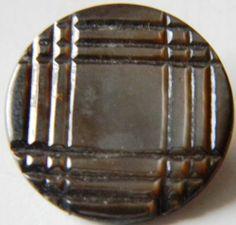 Ancien Bouton en Nacre Grise avec motifs géométriques 23 mm