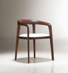Corvo chair / designed by Noe Duchafour-Lawrance #WoodenChair