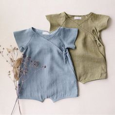 What's new at Dannie and Lilou? New Blouse Designs, Bohemian Girls, Fabric Combinations, Striped Linen, Baby Grows, Kids Fashion, Fashion Sewing, Kids Outfits, Rompers
