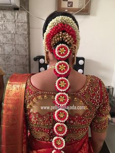 Order Fresh flower poolajada, bridal accessories from our local branches present over SouthIndia, Mumbai, Delhi, Singapore and USA. South Indian Wedding Hairstyles, Bridal Hairstyle Indian Wedding, Long Bridal Hair, Bridal Hairdo, Indian Bridal Fashion, Indian Wedding Jewelry, Indian Hairstyles, Bride Hairstyles, Indian Baby Showers