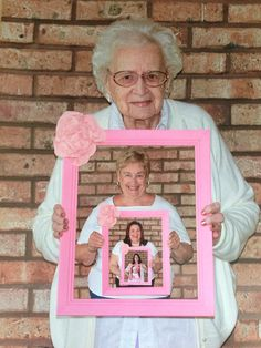 Five generation photo idea with my great grandmother (my daughter's great great grandmother) 75th Birthday Parties, 30th Birthday Gifts, Birthday Crafts, Generation Photo, Generation Pictures, 50th Birthday Quotes, Fun Crafts To Do, Grandma Birthday, Hanging Pictures