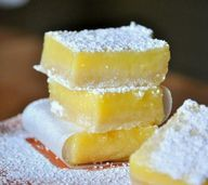 Perfect Lemon Bars - http://pochmara.bl.ee/2013/12/perfect-lemon-bars/