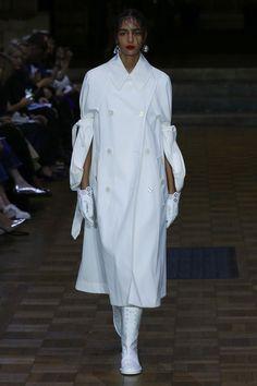 Simone Rocha | Ready-to-Wear Spring 2017 | Look 2
