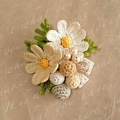 Watch The Video Splendid Crochet a Puff Flower Ideas. Phenomenal Crochet a Puff Flower Ideas. Crochet Small Flower, Crochet Cactus, Crochet Flower Patterns, Cute Crochet, Irish Crochet, Crochet Designs, Crochet Flowers, Crochet Bouquet, Crochet Brooch
