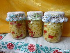 Blog pro mlsné jazýčky: Cuketový salát Krispie Treats, Rice Krispies, Home Canning, Zucchini, Mason Jars, Pizza, Breakfast, Desserts, Food