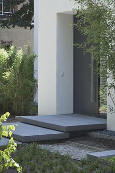 Concrete Stairs, Concrete Blocks, Pine Stair Treads, Glass Handrail, Front Door Steps, Front Doors, Floating Staircase, Outdoor Stairs, Modern Stairs