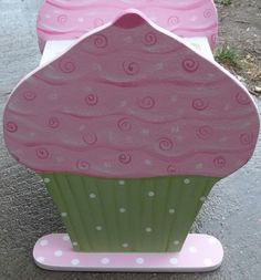 Shop for on Etsy, the place to express your creativity through the buying and selling of handmade and vintage goods. Cupcake Bedroom, Pink Cupcakes, Kids Furniture, Stool, Bench, Holiday Decor, Children, Awesome, Creative
