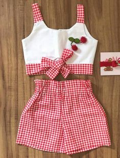 Kids Dress Wear, Dresses Kids Girl, Kids Outfits Girls, Girl Outfits, Girls Frock Design, Baby Dress Design, Baby Girl Frocks, Kids Frocks, Baby Frocks Designs