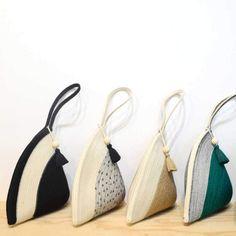Crochet Handbags, Crochet Bags, Bead Crochet, Fabric Bags, Fabric Scraps, Sacs Design, Basket Bag, Tie Dye Patterns, Everyday Bag