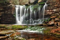 Best Places to visit in the U.S.A   Top 10 Places to visit in West Virginia, USA