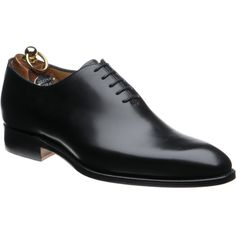 Herring Chaucer wholecuts in rosewood calf from Herring Shoes Gents Shoes, Men Wearing Dresses, Gentleman Shoes, Designer Suits For Men, Mens Boots Fashion, Black Dress Shoes, Shoe Boots, Church's Shoes, Shoes Men