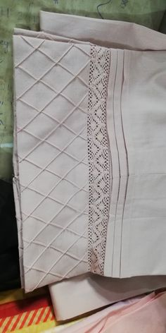 Pintuck pant Plazzo Pants, Salwar Pants, Trouser Pants, Women Trousers, Sleeves Designs For Dresses, Dress Neck Designs, Sleeve Designs, Designer Salwar Kameez, Stylish Dresses For Girls