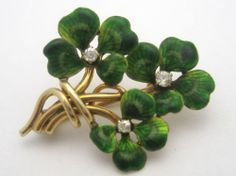 Antique Diamond Green Enamel Four Leaf Clover Bouquet Pin Brooch Gemstone Brooch, Diamond Brooch, Pearl Diamond, Vintage Buttons, Vintage Brooches, Antique Jewelry, Vintage Jewelry, Art Nouveau, Rose Gold Jewelry