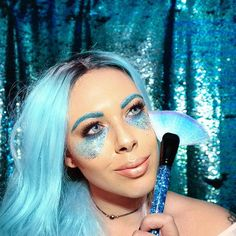 Mermaid Vibes ✨ playing with my liquid glitter fan brushes!! Available now!! Link in the bio: @cosmic_brushes   #liquidglitterbrushes #liquidglitter #liquidglittermakeupbrushes #makeup #mermaid #mermaidvibes #fanbrush #glitter #mermaidglitter #blueglitter #cosmicbrushes #glitterbrushes #beauty #instaglam #jeffreestarcosmetics #glitterlife #mermaidhair #bluehairdontcare #90svibes #90s #makeup #makeuplover #makeupbrushes #makeupoftheday #selfie #girl