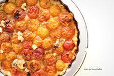 sommer feeling auf der terasse: mit der ersten aprikosen tarte des jahres   ingrediencien: mürbteig: 200 g dinkelmehl / 50 g zucker   eine prise meersalz   100 g kalte butter   belag: etwa …