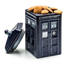 Doctor Who TARDIS Ceramic Cookie Jar ($30) ❤ liked on Polyvore featuring home, kitchen & dining, food storage containers, fillers, dr who cookie jar, cookie tins, dr who ceramic cookie jar, ceramic food storage containers and cookie boxes