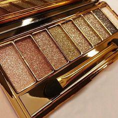 2015 de La Moda de 9 Colores de Sombra de Ojos Shimmer Sombra de Ojos Paleta y Pincel de Maquillaje Cosmético Conjunto 8LKD