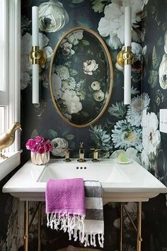 Urban Romantic powder room design with floral wallpaper Lucy Interior Design Bathroom Interior Design, Interior Decorating, Decorating Ideas, Decor Ideas, Decorating Websites, Interior Ideas, Small Hallway Decorating, Urban Interior Design, Lamp Ideas
