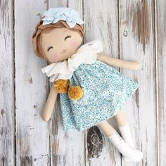 lovable, huggable rag dolls handmade in the USA Doll Crafts, Diy Doll, Fabric Toys, Fabric Crafts, Doll Clothes Patterns, Doll Patterns, Sewing Dolls, New Dolls, Softies