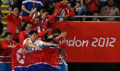 북한이 '2012 런던 올림픽' 역도에서만 3개의 금메달을 추가하며 금4개와 동 1개로 종합 5위에 올라섰다.     북한 림정심(19)은 2일 새벽(한국시간) 엑셀런던 아레나에서 열린 여자 역도 69㎏급 결승에서 금메달을 획득했다.