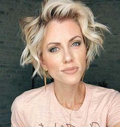 20 Ideas About Bob Haircuts for Women 2019 20 Ideas for Bob Hairstyles for Women 2019 Bob Haircuts For Women, Bob Hairstyles For Fine Hair, Layered Bob Hairstyles, Young Girl Haircuts, Curled Bob Hairstyle, Medium Hair Cuts, Short Hair Cuts, Blonde Bob Haircut, Bobs For Thin Hair