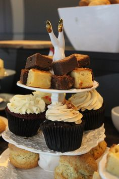 In Cupcake Heaven at Bea's of Bloomsbury in London | Tea Time Blog