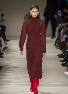 Victoria Beckham – Fashion Week New York H/W 2017/18 | ELLE