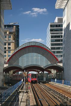 Canary Wharf #london #mustsee #accorcityguide The nearest Accor hotel : ibis London Docklands