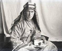 T.E._Lawrence_With_Lawrence_in_Arabia