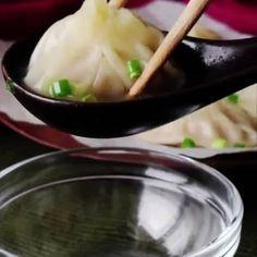 """""""餃子の皮""""で簡単調理 肉汁じゅわっと溢れる「小籠包」の作り方 https://lin.ee/e2Ckv2h/lnnw"""