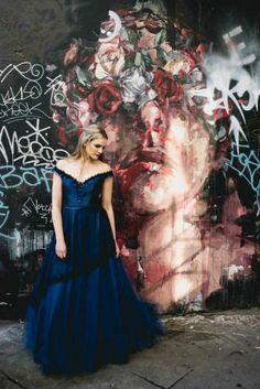Midnight blue ballgown by Faith Caton-Barber  Photography: www.sofiaplana.com
