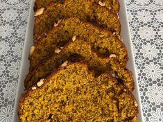 Brioșe cu ciocolată, rețetă de Dana Pop - Rețete Cookpad Croissant, Banana Bread, Desserts, Recipes, Food, Meal, Deserts, Food Recipes, Essen