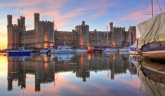 Cernarfon- Adquirida por Europamundo Lago Ness, New York Skyline, Travel, Lakes, Scotland, Ireland, England, Castles, Vacations