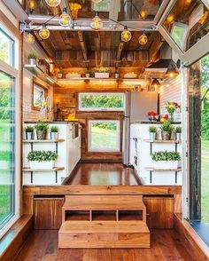 "How gorgeous is this?? 719 Likes, 18 Comments - TinyHouseTalk (@tinyhousetalk) on Instagram: ""Who loves this tiny house interior as much as we do   Comment below ⤵️ Built by:…"""