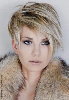 ...und trendig gesträhnt - Frisuren: kurz