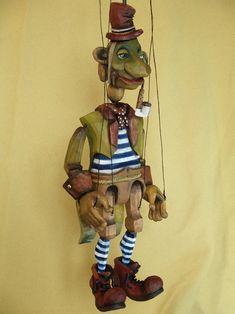 Loutka vodnik Marionette Puppet, Puppets, Scary Clowns, Creepy, Paper Dolls, Art Dolls, Wooden Puppet, Tableaux Vivants, Puppet Show