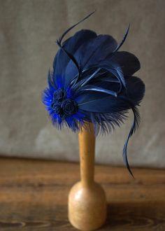 Nachblau Fascinator Headpiece Federn dunkelblau von Billies goes Jazzafine auf DaWanda.com