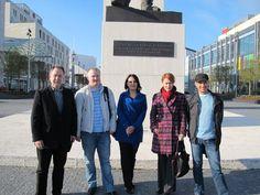 Bielorusko  Podpora slobody People, Life, Fashion, Moda, Fashion Styles, People Illustration, Fashion Illustrations, Folk