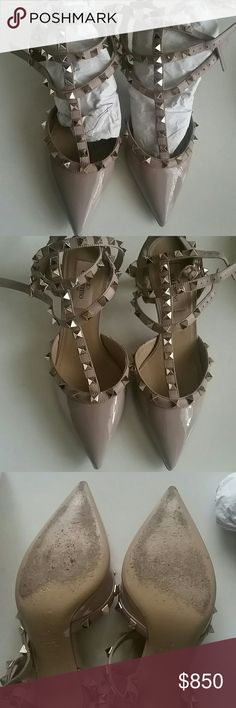 Valentino garavani  rockstud shoes authentic Valentino garavani rockstud shoes in poudre. Kitten heel. Worn it three times. Comes with dust bag and box. Excellent condition. Can put under sole if one prefers. AUTHENTIC. NO trade. Valentino Shoes Heels