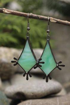 True Romantic Gifts – Gift Ideas Anywhere Green Earrings, Glass Earrings, Unique Earrings, Earrings Handmade, Handmade Jewelry, Handmade Gifts, Copper Jewelry, Glass Jewelry, Romantic Gifts