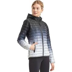 Gap Women Primaloft Ombre Puffer Jacket ($108) ❤ liked on Polyvore featuring outerwear, jackets, regular, lightweight puffer jacket, long sleeve jacket, water resistant jacket, stand up collar jacket and ombre jacket