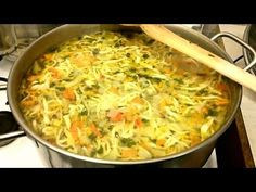 retete de ciorba,supe - YouTube Chicken Soup, Noodles, Homemade, Meat, Ethnic Recipes, Food, Youtube, Salads, Macaroni Pasta