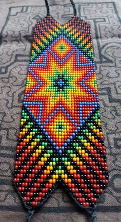 Star of Creation Thick Bracelet 31 bead Colombia Supernatural Style Seed Bead Art, Seed Bead Jewelry, Beaded Jewelry, Seed Bead Patterns, Peyote Patterns, Beading Patterns, Native Beadwork, Native American Beadwork, Glass Bead Crafts
